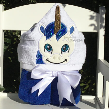 Boy unicorn hooded towel