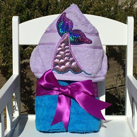 Mermaid tail swimming hooded towel