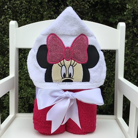 minnie mouse pink girl hooded towel