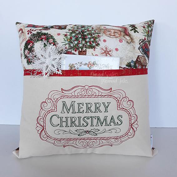 merry christmas reading cushion