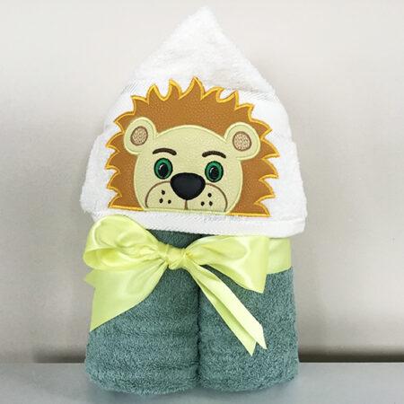 lion boy hooded towel