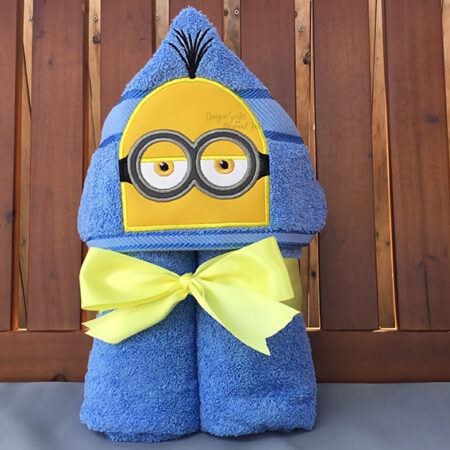 Minion Despicable Me Kevin Hooded Towel
