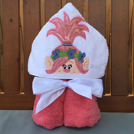 Poppy troll singing hooded towel