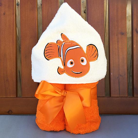 finding nemo hooded towel